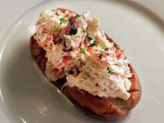 Ed's Lobster Bar – Lobster Roll