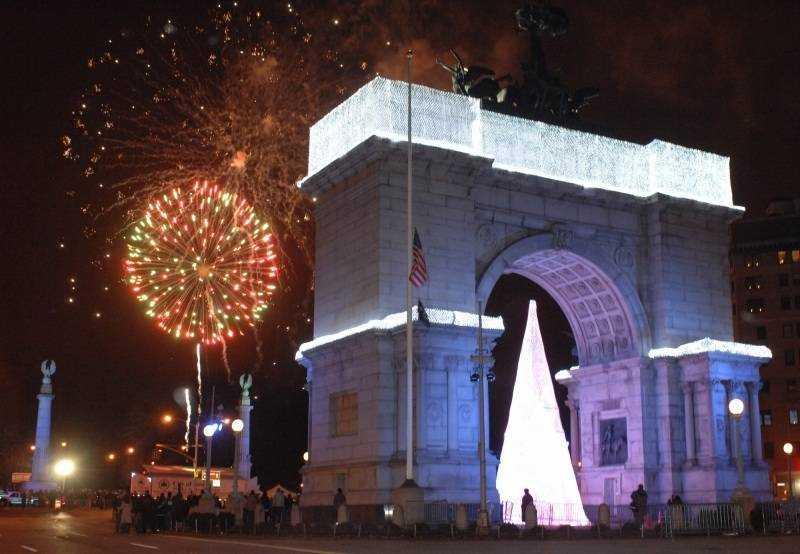 Feux d'artifices Grand Army Plaza à Brooklyn