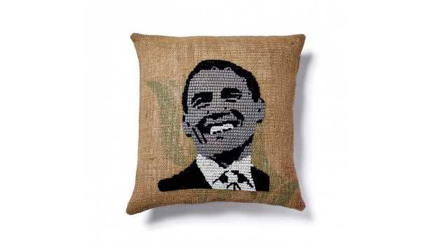 Le coussin Obama d'ABC Carpet & Home