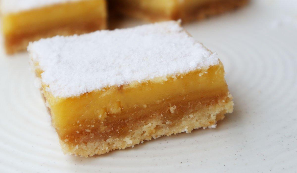 Recette de carrés de limon curd